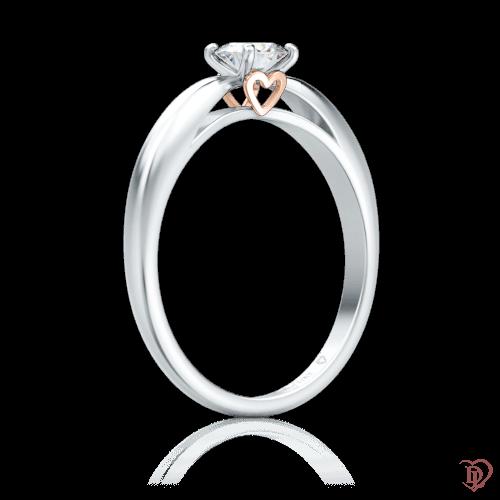 Кольцо в белом золоте со вставками: бриллианты 0000223