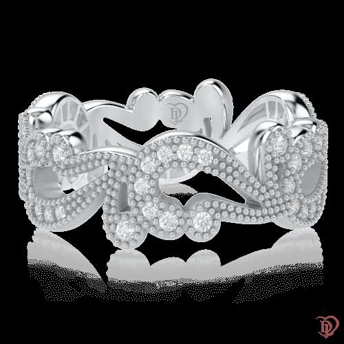 <p>Кольцо в белом золоте со вставками: бриллианты</p>  0000513