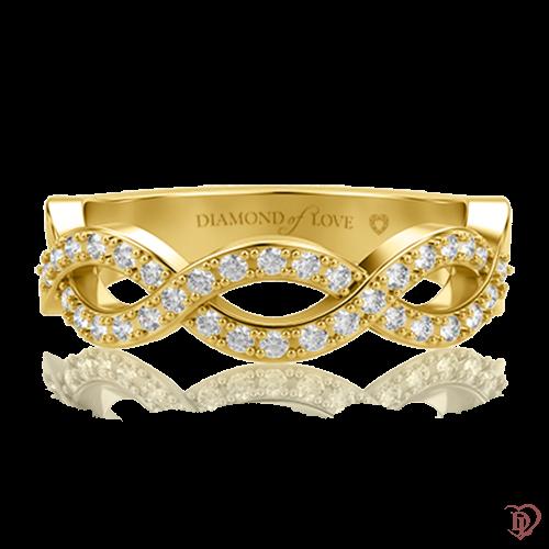 <p>Обручальное кольцо в желтом золоте со вставками: бриллианты</p>  0000614