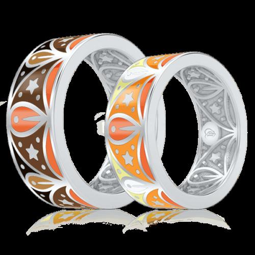 <p>Обручальное кольцо в белом золоте со вставками: эмаль</p>  0003073