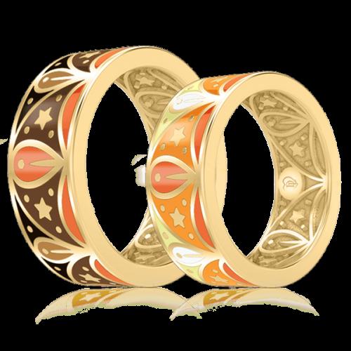 <p>Обручальное кольцо в желтом золоте со вставками: эмаль</p>  0003074