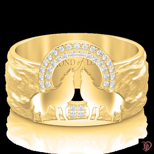 <p>Обручка в жовтому золоті зі вставками: діаманти</p>  <p>Фактурна обручка Вірність: Сила, входить в ефектну колекцію з незвичайним символічним дизайном. Авторська модель виготовлена в жовтому золоті та інкрустована бездоганними діамантами. Центр композиції прикрашає пара вовків, воістину войовничих тварин, які уособлюють єднання закоханих душ, здатних зберігати вірність своїй парі все життя. Дана прикраса стане символом Вашої щирої любові і відданості</p>  0013254