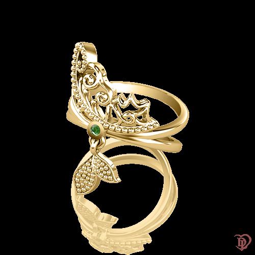 <p>Кольцо в желтом золоте со вставками: изумруды</p>  0015394