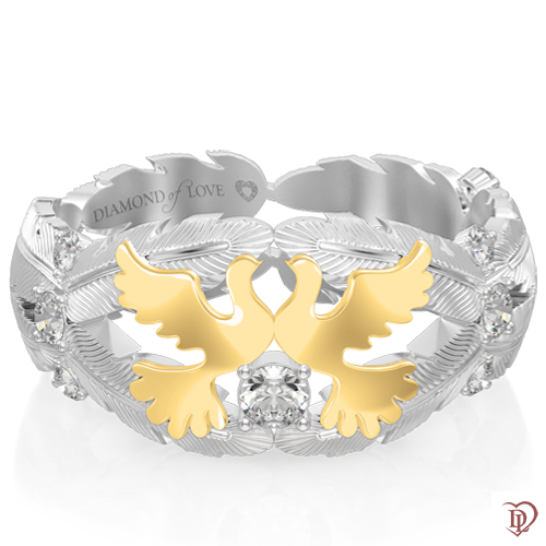 <p>Обручальное кольцо в белом золоте со вставками: бриллианты</p>  <p>Оригинальное обручальное кольцо неповторимой формы, выполнено в комбинированном белом и желтом золоте. Инкрустированные бриллиантами золотые линии в виде перьев венчают два голубя, символизирующие чистую любовь, нежность, преданность. Уникальное украшение станет Вашей гордостью и оберегом семейного счастья</p>  0017483