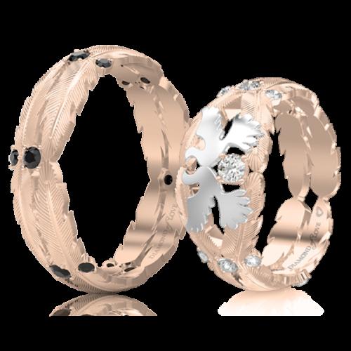 <p>Обручальное кольцо в розовом золоте со вставками: бриллианты</p>  <p>Эксклюзивное обручальное кольцо Верность: Душа в розовом золоте с таинственными черными бриллиантами - выбор мужчин, ценящих свою неповторимую индивидуальность. Обвивающая палец золотая оправа в виде перьев - ода Вашему любовному союзу и талисман на все времена</p>  0017497