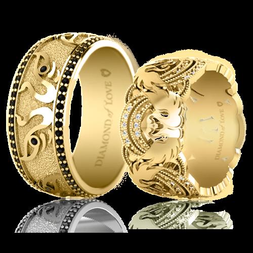 <p>Обручка в жовтому золоті зі вставками: діаманти</p>  <p>Обручка для чоловіків Вірність: Відродження, представлена в жовтому золоті з чорними діамантами. Енергетичні властивості діамантів ідеально відповідають концепції колекції, наділеною багатим художнім глибоким змістом. Весільні кільця з прекрасною парою лебедів неодмінно стануть талісманами вашого чистого і відданого кохання.</p>  0021114