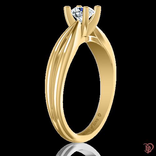 <p>Каблучка в жовтому золоті зі вставками: діаманти</p>  0021934