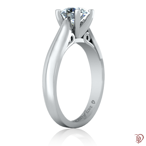 <p>Кольцо в белом золоте со вставками: бриллианты</p>  0021943